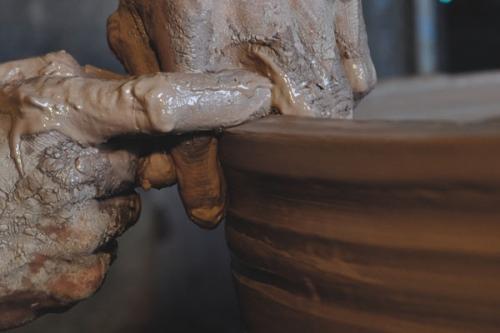 土陶酒坛对酒有什么独特的影响